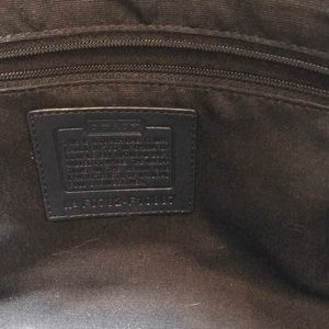 Coach Bags - EUC Coach Handbag